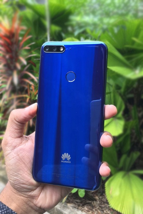 Huawei Y7 Pro (2018) Wallpapers: Mobile Larges Pics & Back Photos