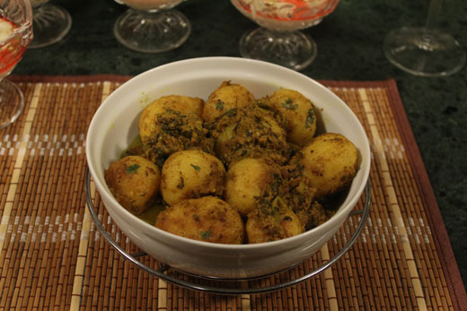 Kashmiri Dum Aaloo Recipe by Chef Zakir
