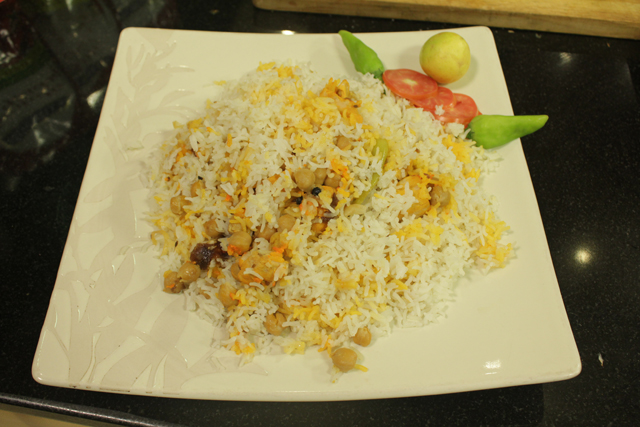 Chicken Aaloo Bukhara Pulao Recipe by Chef Zakir