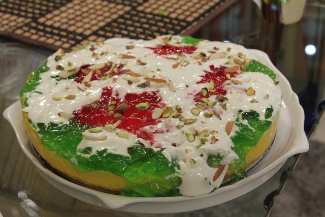 Custard And Jelly Settled Cake Recipe by Gulzar Hussain