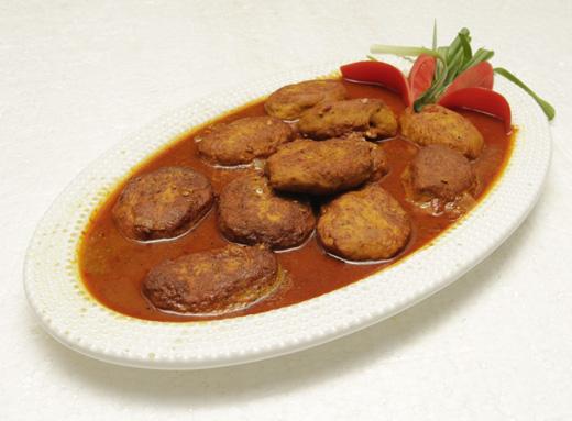 Kashmiri Kofta Gravy Recipe by Gulzar Hussain