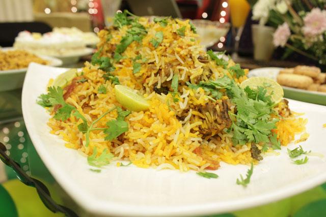 Khoshbu Biryani Recipe by Rida Aftab