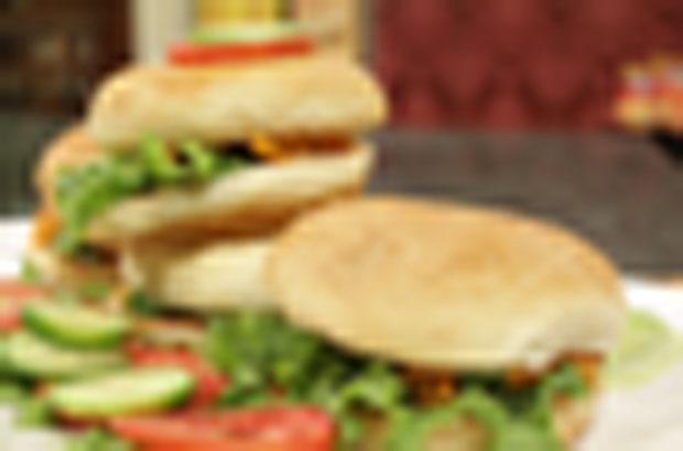 Chicken Tandoori Burger Recipe by Rida Aftab
