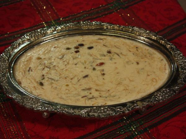 Classic Sheer Khurma Recipe by Rida Aftab