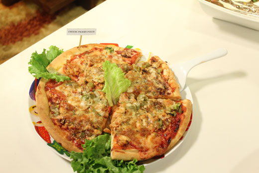 Cheese Prawn Pizza Recipe by Rida Aftab
