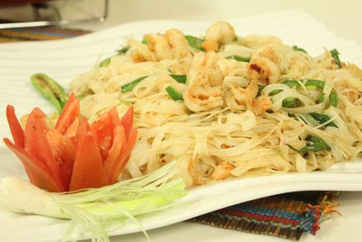Pad Thai With Prawns Recipe by Shireen Anwar
