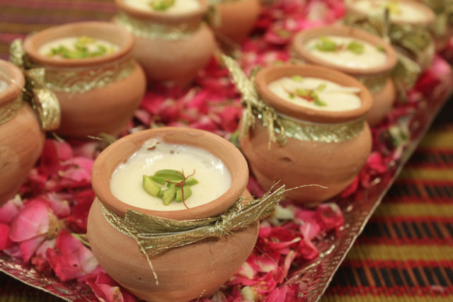 Special Delhi Ki Kheer Recipe by Shireen Anwar
