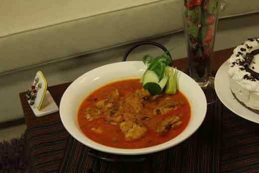 Memoni Chicken Curry Recipe by Shireen Anwar