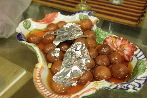 Gulab jamun recipe by shireen anwar recipes in urdu english click forumfinder Choice Image
