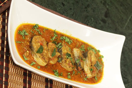 Spicy Fish Curry Recipe by Tahir Chaudhary