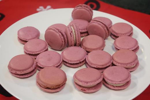 Cake Icing Recipe By Zarnak: Basic Vanilla Macaroons Recipe By Zarnak Sidhwa