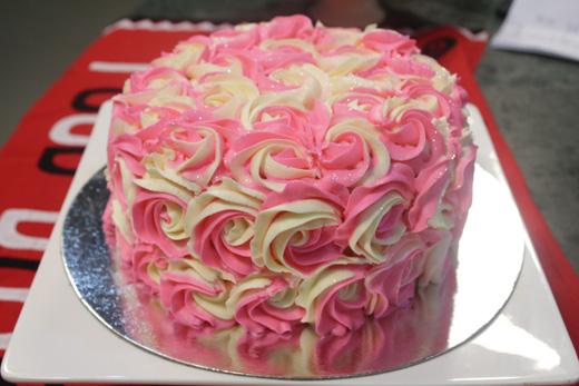 Cake Icing Recipe By Zarnak: Butter Cream Rosette Recipe By Zarnak Sidhwa