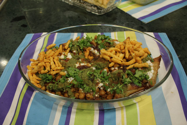 Samosa Chaat Recipe by Zarnak Sidhwa