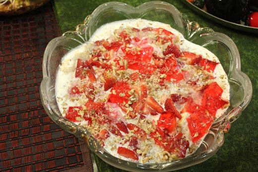 Banana Cake Recipe In Urdu Video: Banana Cream Cheese Delight Recipe By Zubaida Tariq
