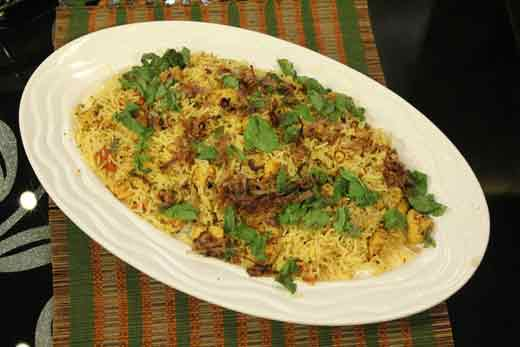 Achari Murg Rice recipe by Zubaida Tariq. This delightful recipe of Achari Murg Rice can be ready in Minutes and good to serve around People. Follow all the steps recommended by Chef to get a perfect dish.