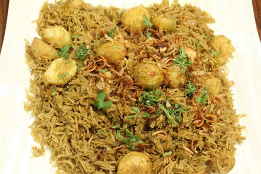Aloo Chutney Pulao Recipe by Zubaida Tariq