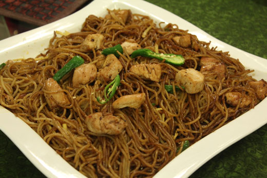 Ginger and garlic chicken noodles recipe by zubaida tariq recipes ginger and garlic chicken noodles recipe by zubaida tariq forumfinder Choice Image