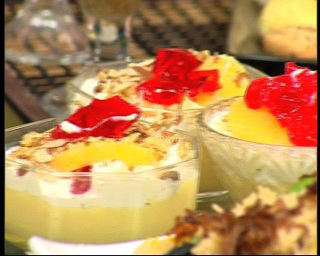 Pine Apple Custard Cups Recipe by Zubaida Tariq