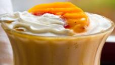peach & ice cream shake