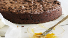 چاکلیٹ فروٹ کیک